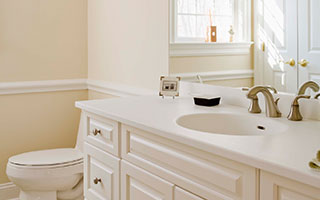 Frontline Construction LLC Bathroom & Refinishing Gallery Item
